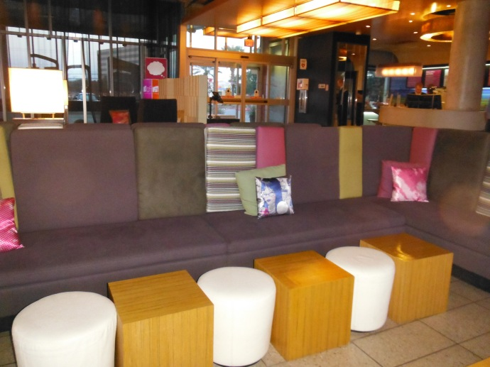 WXYZ Lobby Bar seating