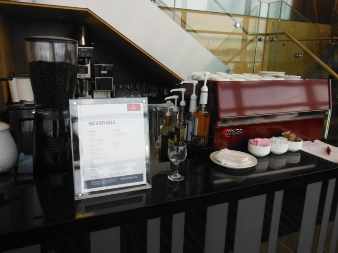 Coffee bar and bar