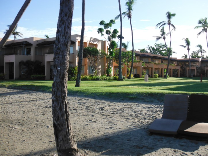 Hotel Beach and grounds
